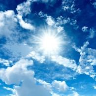 Чистое небо в июне